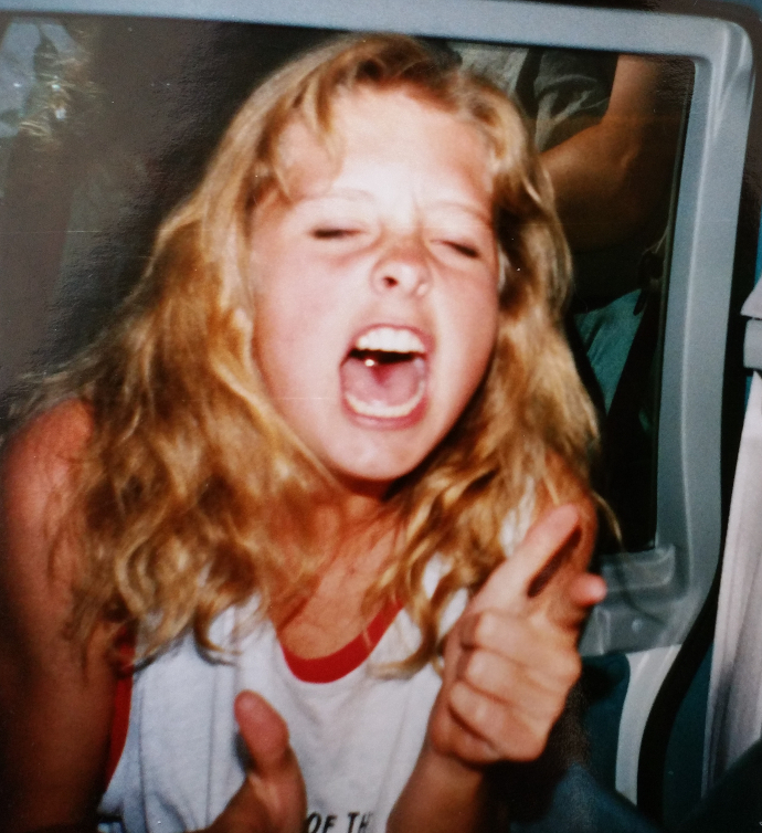 Heidi singing on a road trip. #mumbleoke